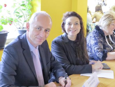 Michel Lanners accompanied by Mia Aouadi, Director of the Diekirch Hotel School