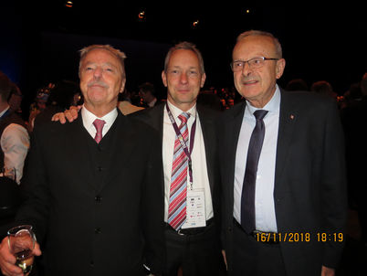 Former Presidents Louis Robert and Michel Gaillot flank Remco Koerts, the new kid on the block!