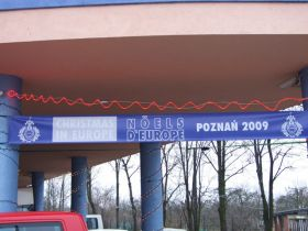 the welcoming banner over the school's main entrance