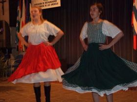 Czech Republic/Podebrady – Singing and dancing and fits of the giggles!