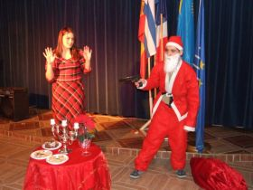 Albania/Tirana – Sketch about a hold-up involving Father Christmas